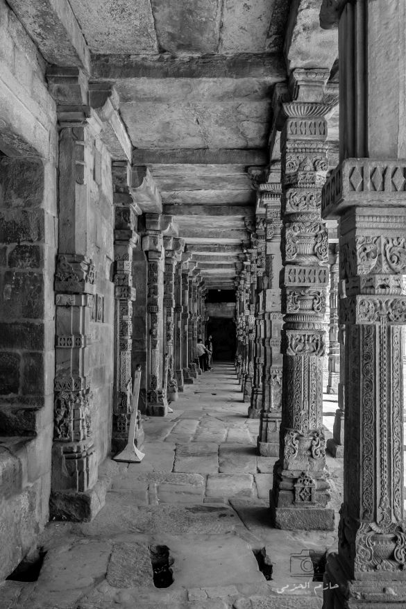 Ruins of old temples in Qutub Minar area