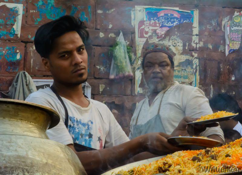 A man selling biryani in Meena Bazaar near Jama Masjid
